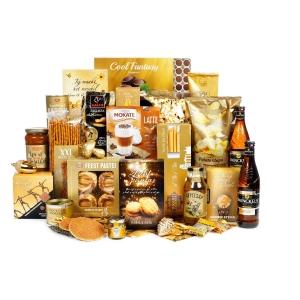 Typisch Gelderlands kerstpakket gevuld met streekproducten