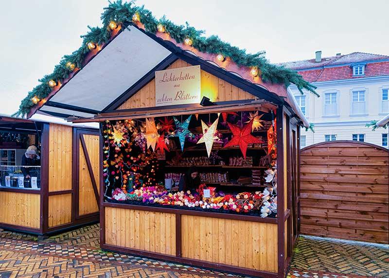 Kerstmarkt opzetten